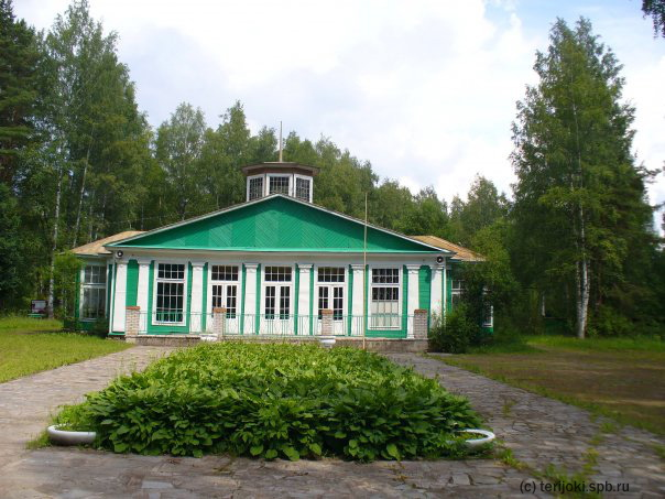Здание столовой пионерлагеря «Восток-6»