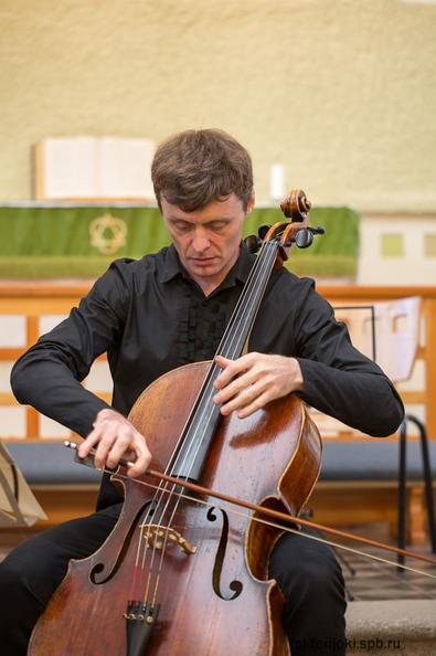 Рустам Комачков