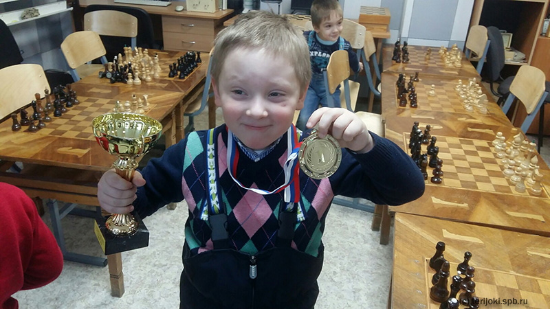 Зеленогорские юные шахматисты на зимних каникулах 2016 г.
